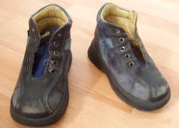 Hilfsmittel-Person-Antivarus-Schuhe